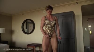 Ball Busting Chicks: Rapture - Self Defense By Ballbusting - Pov