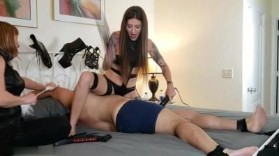 Kink Therapy: Morgana And Jennis Foot Slave