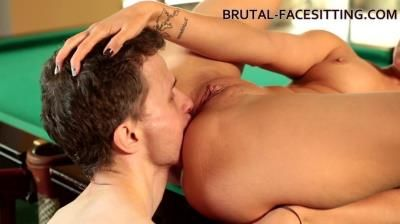 Brutal-Facesitting: Ani Blackfox