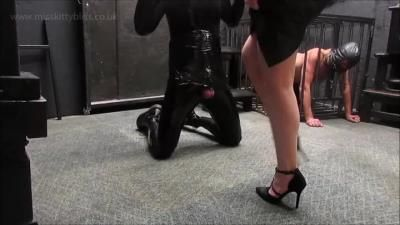 Miss Kitty Bliss: Bondage And Busted
