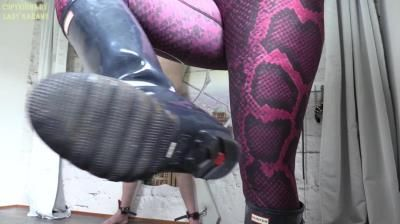 Lady Karame: Who Says You Can Cum, On My Sexy Hunter Boots