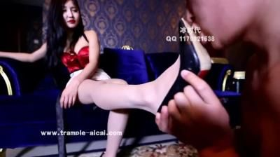 Clips4sale: Sexy Young Asian Slaps Face Of A Slave Guy