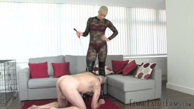 Femmefatafefilms: The Hunteress - Tongue For Boots - Part 1-2
