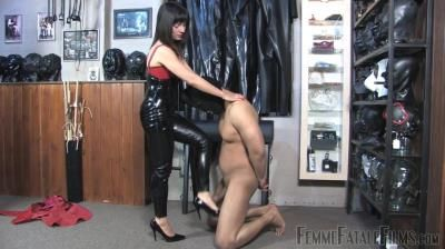 Femme Fatale Films: Ella Kros - Feisty Feet - Super Hd - Complete Film