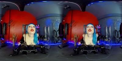The English Mansion: Mistress Bliss - Breathe My Smoke - Vr - Part 1