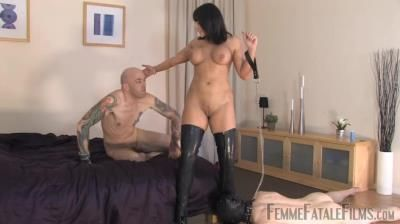 Femme Fatale Films: Mistress Carly - Carlys Cuckold
