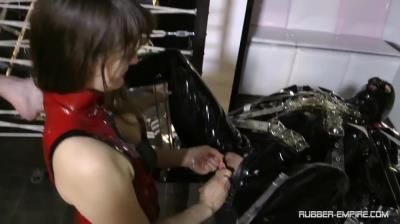 Femdom And Strapon Clips: Lady Lilith - Rubbertoy In Troubel