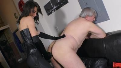 Worship The Wolfe: Mistress Janira Wolfe - Putting Daddy To Sleep With My Dick