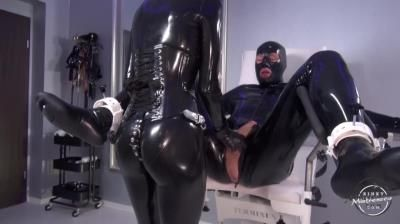 Kinky Mistresses: Latex Lara - Ass Play Cbt Rubber