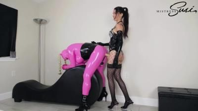 Mistress Susi S Fetish Clips: The Fucked Pink Rubberdoll Webcamshow