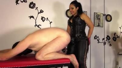 Mistress Ezada Sinn: Locked, Humbled And Fucked By Mistress Ezada Sinn