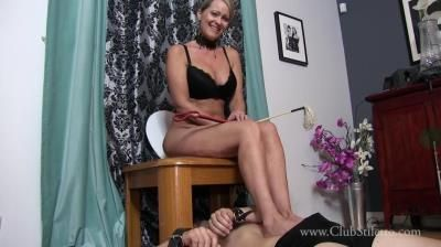 Club Stiletto Femdom: Mistress Kandy - Juniors Toilet Joy