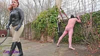 Mistress Lady Renee: Cold Courtyard Whipping
