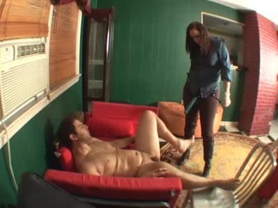 Clips4sale: Julies Houseboy