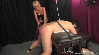 Ambers Dungeon: Mistress Rebecca - Blowing Bubbles
