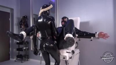 Kinky Mistress: Femdom Latex Lara Fuck Her Man With Strapon