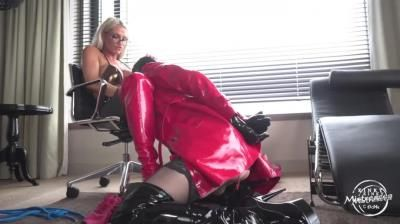Kinky Mistresses: Calea Toxic - Surprised By Cales