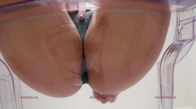 Clips4sale: Goddess Alexa Divina - Ass Worship Tease