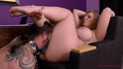 Mean World, Mean Bitch: Sara Jay - Boss