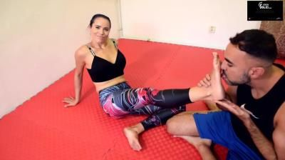 Czech Soles: Wrestling Teaching Lesson And Gym Feet Worship