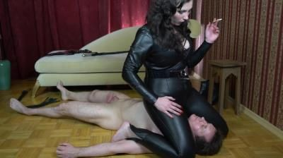 Clips4sale: Lady Alexa - Handover 02