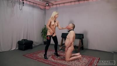 Cruel Punishments: Mistress Anette - Spinning Head