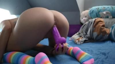 Clips4sale: Mad Tiny Kitty - Cute Girl In Rainbow Socks Playing With Her Dildo And Hitachi