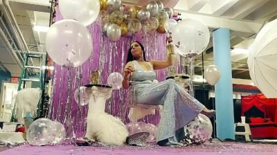 Clips4sale: Goddess Alexandra Snow - Photoshoot Celebration