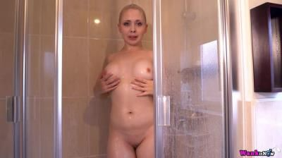 Clips4sale: Cherry English - Sisterly Thing To Do
