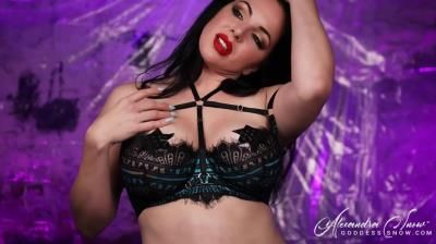 Clips4sale: Goddess Alexandra Snow - Weak For Tits Ii