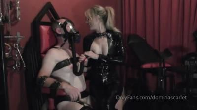 Clips4sale: Domina Scarlet - Feeding My Slave Through His Gas Mask
