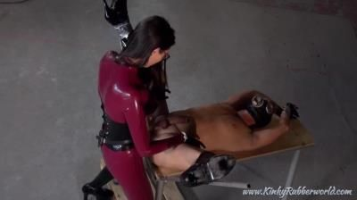 Kinky Rubber World: Fucked From The Asian Rubber Mistress