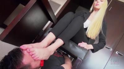 Bratty Foot Girls: Princess Rene - Buried Non-Stop Under My Stinky Soles
