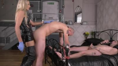 Lady Dark Angel Uk: Bi Strap-On Total Disappointment