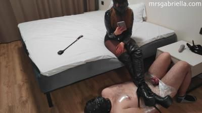 Leather Goddess: Sub Wrapped In Bondage Gets Harsh Cbt And Denial